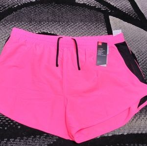 Womens Under Armour Heat Gear Loose short XXL 2XL